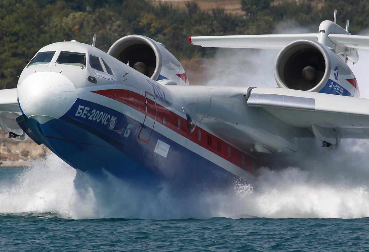 США и Франция потратят 3 млрд долларов на закупку российских самолетов «Бе-200»
