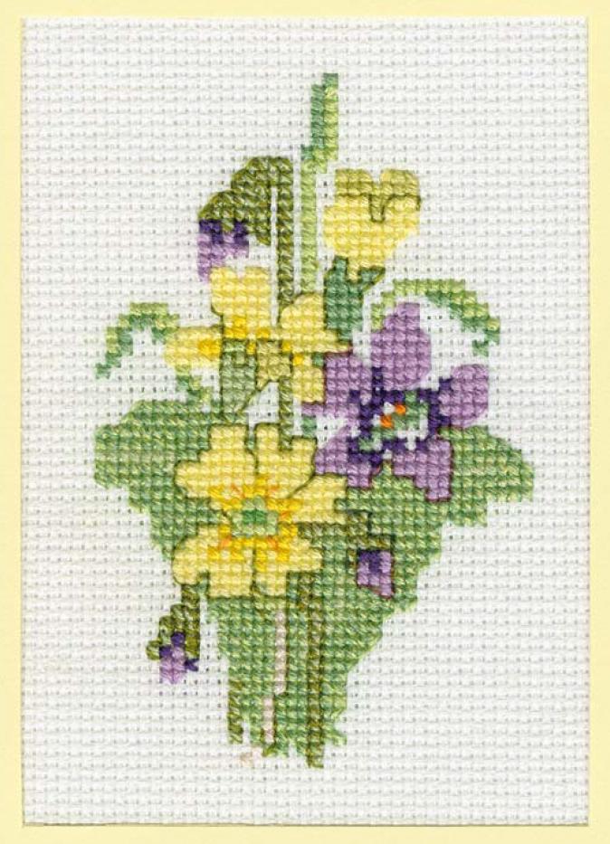 «Примулы» — схема для вышивки крестом открыток и других небольших изделий