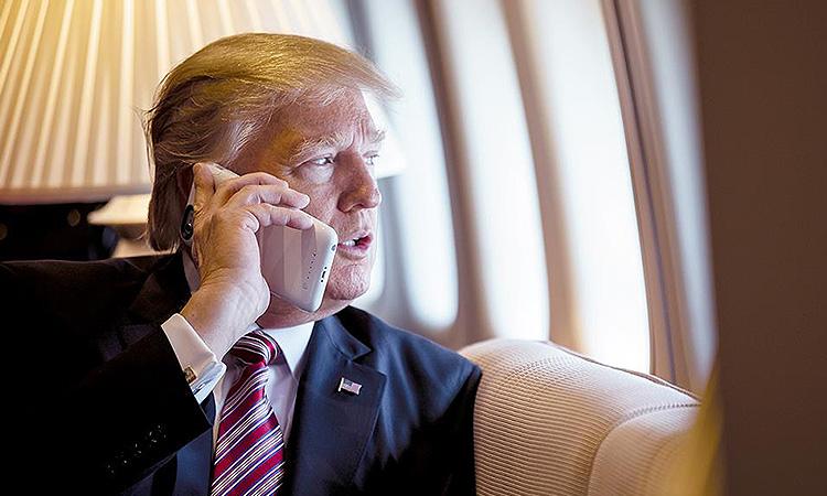 Трамп подписал ущербные санкции