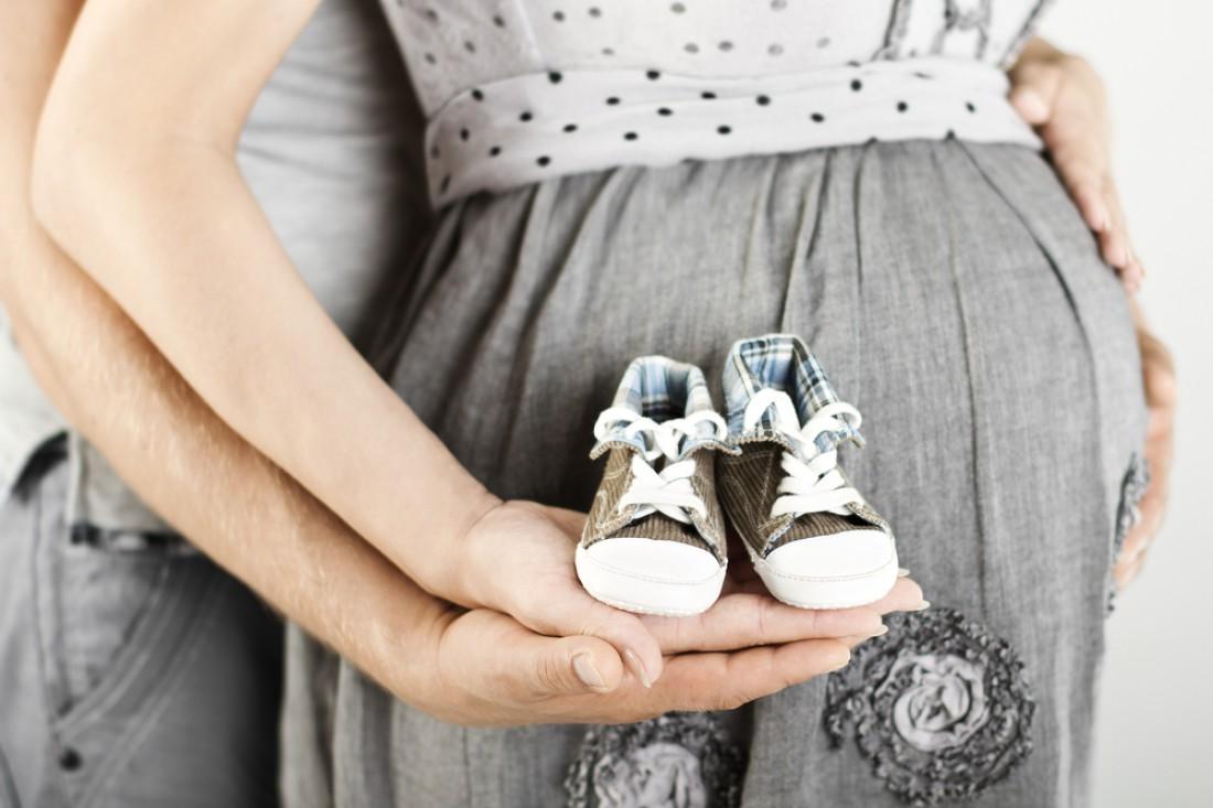 Роды, суррогатное материнство или усыновление? Мнение психолога, которая видит плюсы во всех трех случаях