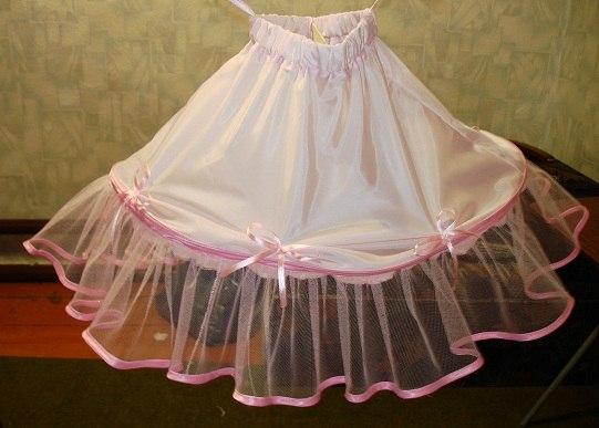 Шъём подъюбник для праздничного платья