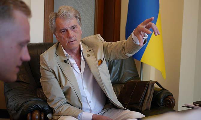 Ющенко плачется, что Майдан отбросил экономику Украины на полтора десятка лет назад