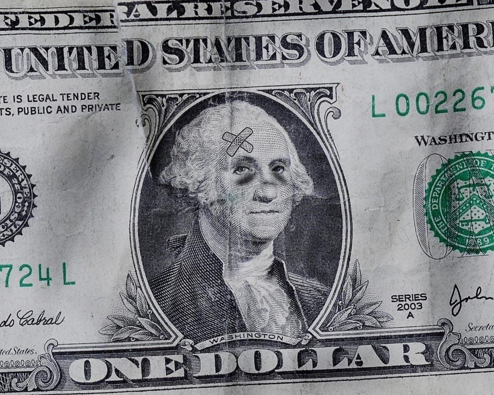Спасение в золоте: Владимир Путин нашел России защиту от долларового рэкета