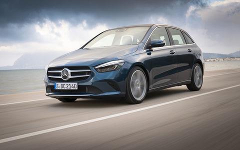 Тест Mercedes-Benz B-класса с новым роботом (но не для России)