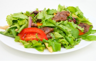 Праздничный мясной салат без майонеза! Салат с говядиной и овощами