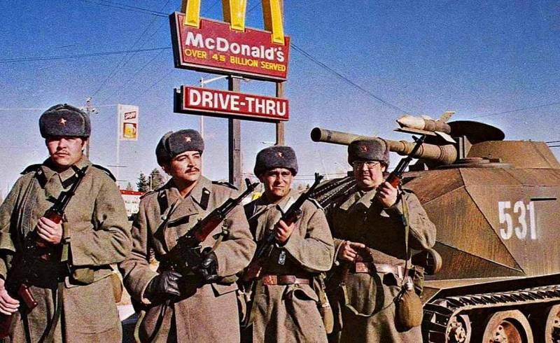 Разгром СССР: почему США так и не напали на нашу страну