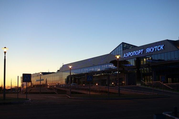 Аэропорт Якутска эвакуировали из-за дымовой шашки