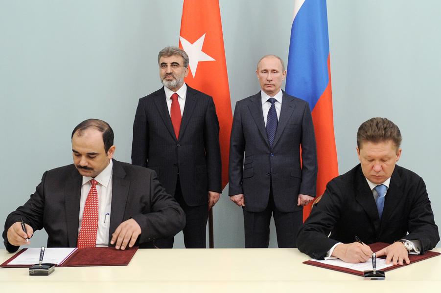 Как «Газпром» заставит Европу покупать газ в Турции?