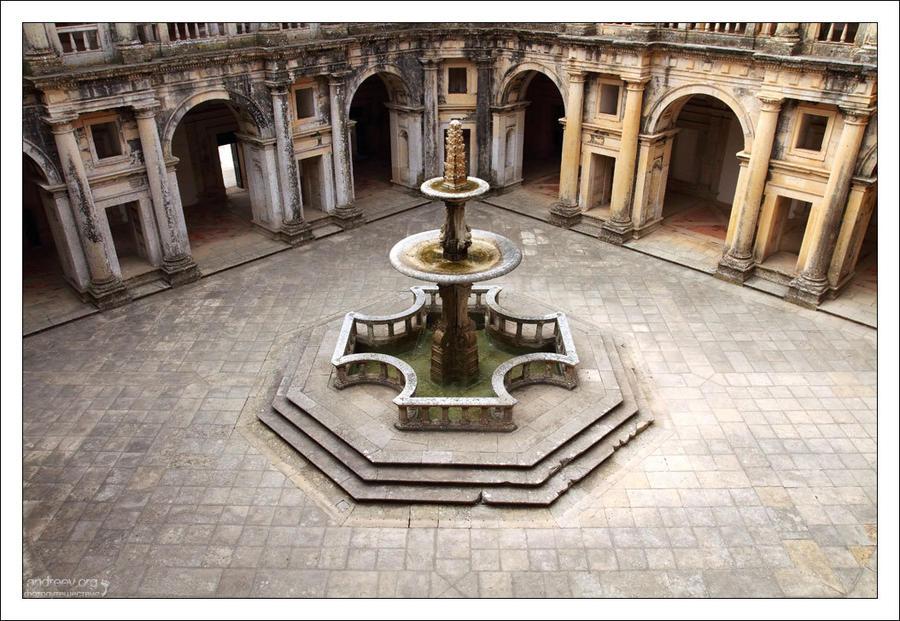 Португалия: замок тамплиеров