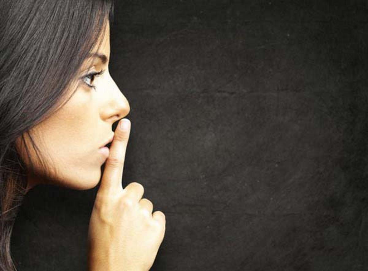 О чем лучше молчать, даже когда тебя спросят: 7 золотых советов