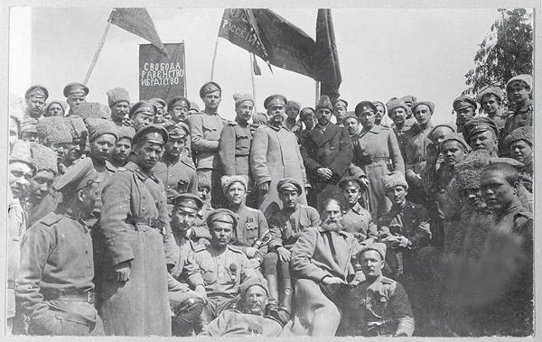 Как либералы и большевики дружно разрушали Русскую армию