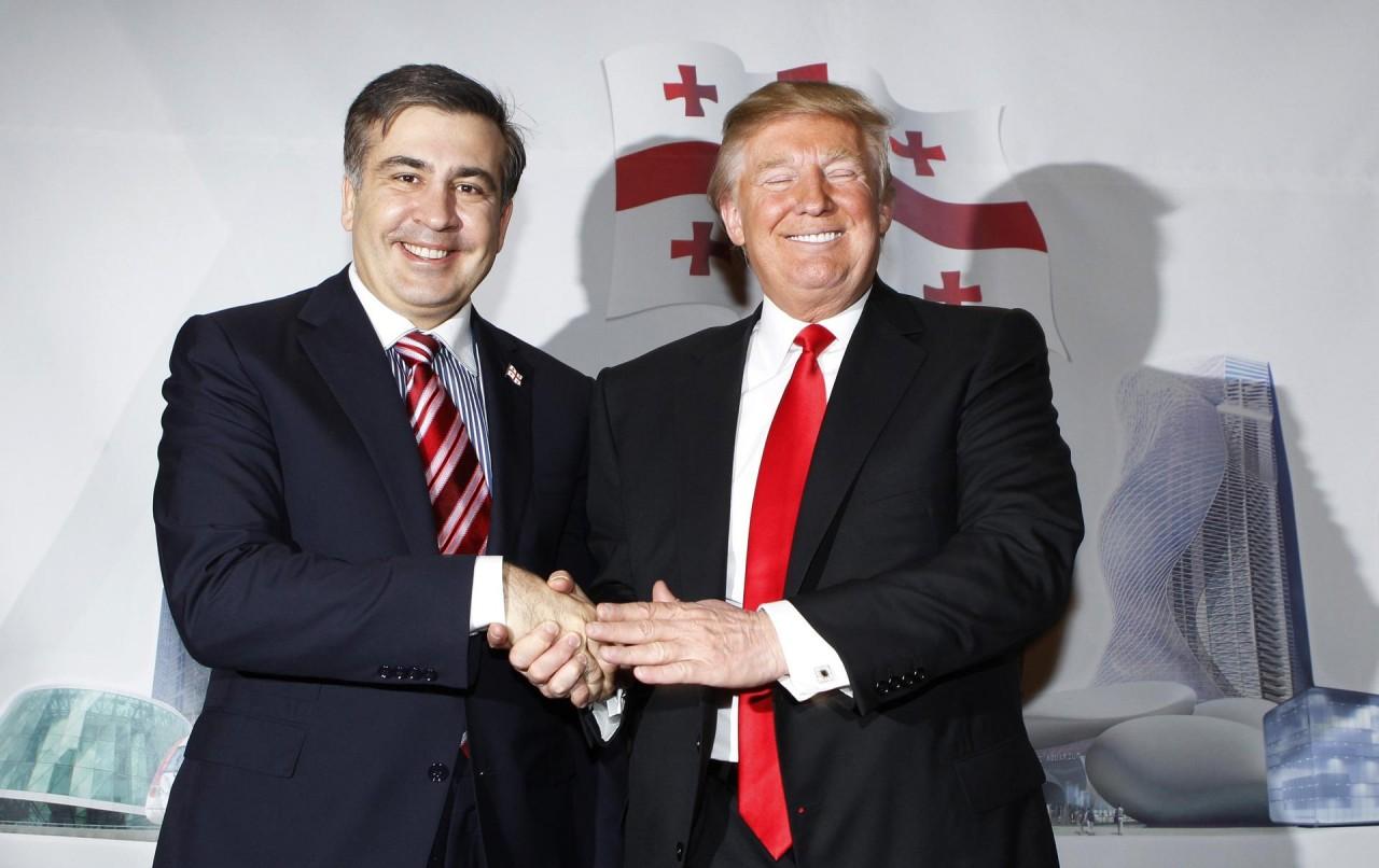 Саакашвили пугает Порошенко своими фото с элитой США