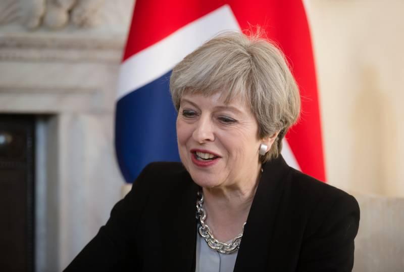 Мэй: Британия готова к «другим» отношениям с Москвой
