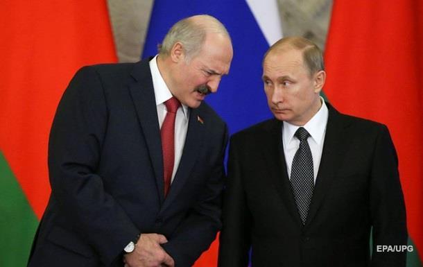 Лукашенко перед встречей с Путиным бросил камешек в российский огород