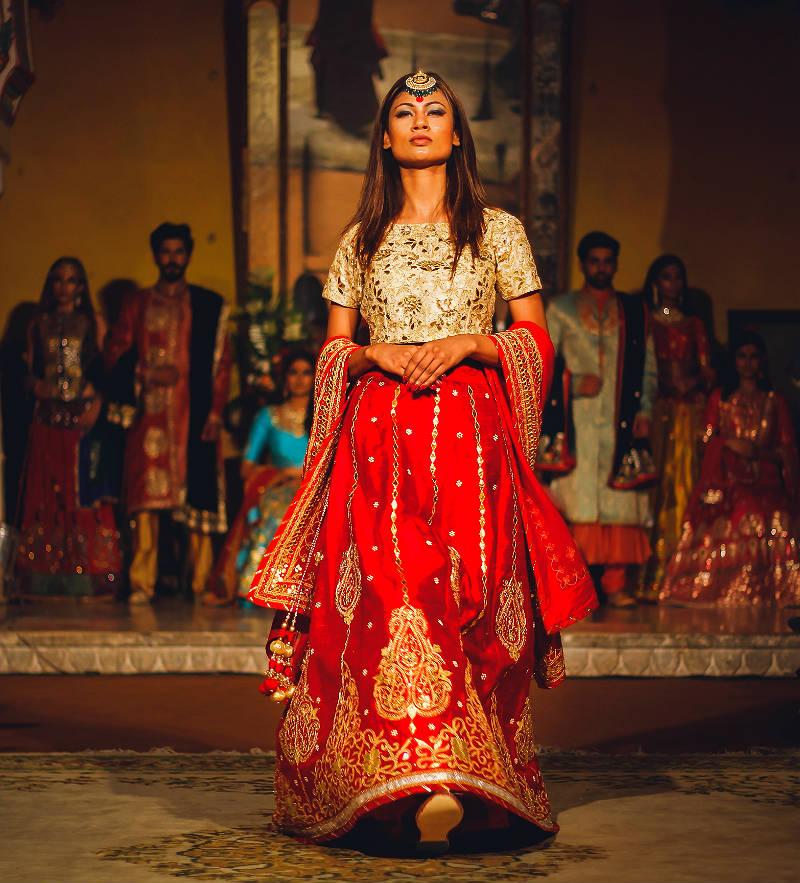 Красивые платья в индийском стиле — достойные богинь, фото № 12