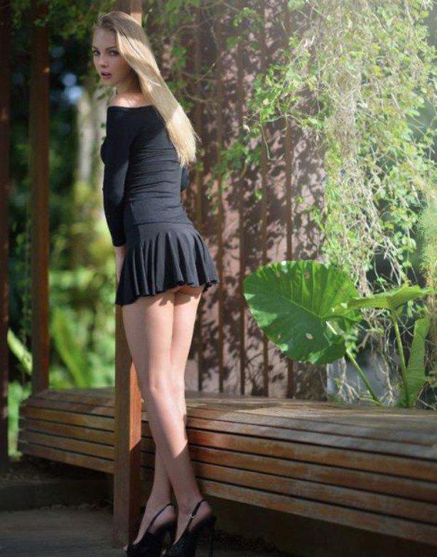 секс молоденькие короткие юбки фото