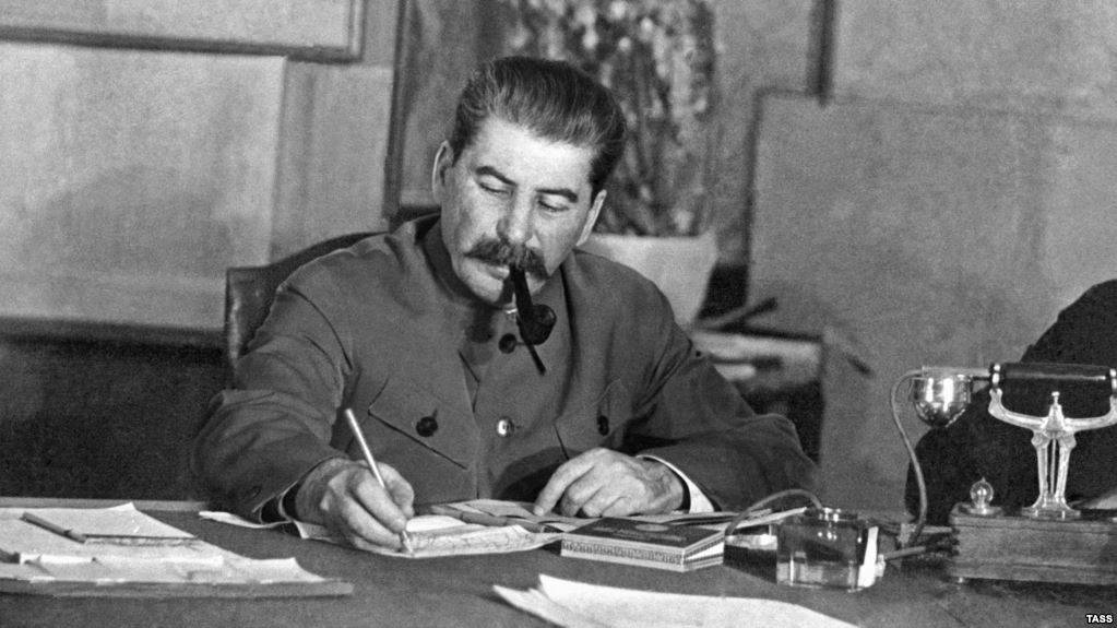 Планы Сталина процветают и побеждают... в США