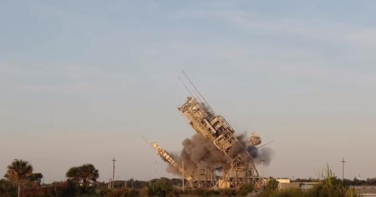 В США взорвали две исторические площадки для запуска ракет
