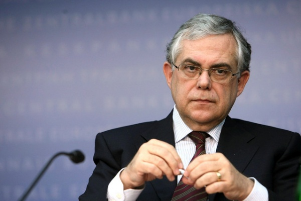 Экс-премьер Греции ранен врезультате взрыва вАфинах
