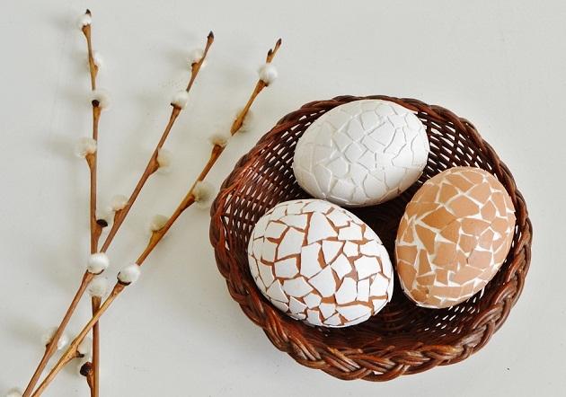Пасхальных яйца: 3 необычные идеи украшения