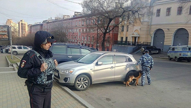 Неизвеcтный устроил стрельбу в приемной УФСБ в Хабаровске