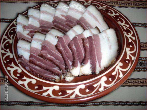 Как приготовить маринованное сало?
