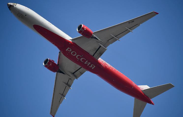 """Авиакомпания """"Россия"""" будет выплачивать пилотам от 250 тыс. руб. при трудоустройстве"""