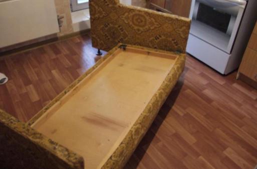 «У всех кризис, а у нас красота!» Преображение советского дивана.