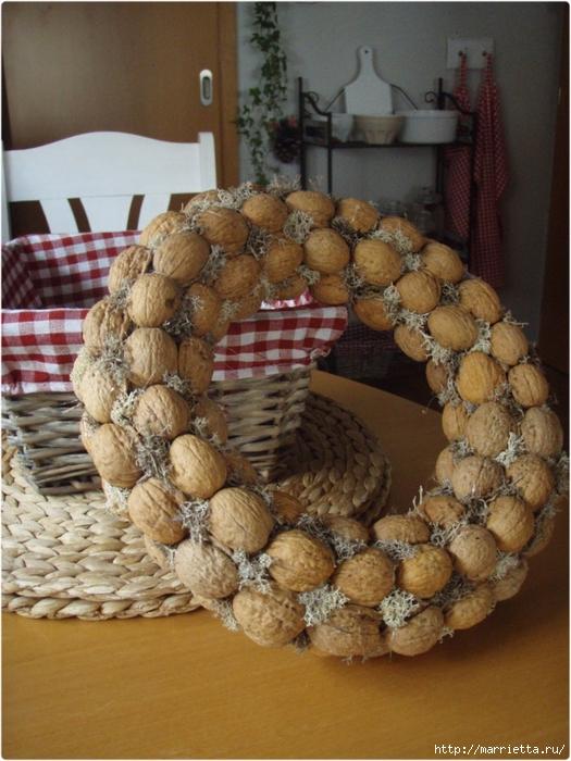 рождественский венок из грецких орехов (44) (525x700, 308Kb)