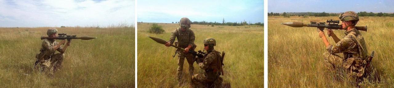 """С сайта батальона """"Азов"""" потерли фото с американскими гранатометами"""