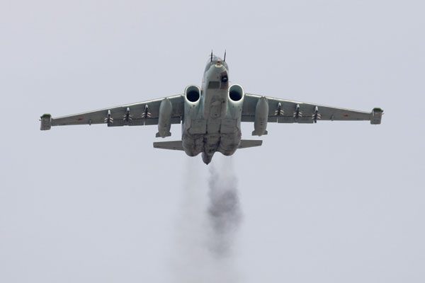 """Российские штурмовики Су-25 переломили ситуацию в боях с """"ИГ"""" в Ираке"""