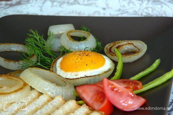 Как оригинально приготовить яйца на завтрак