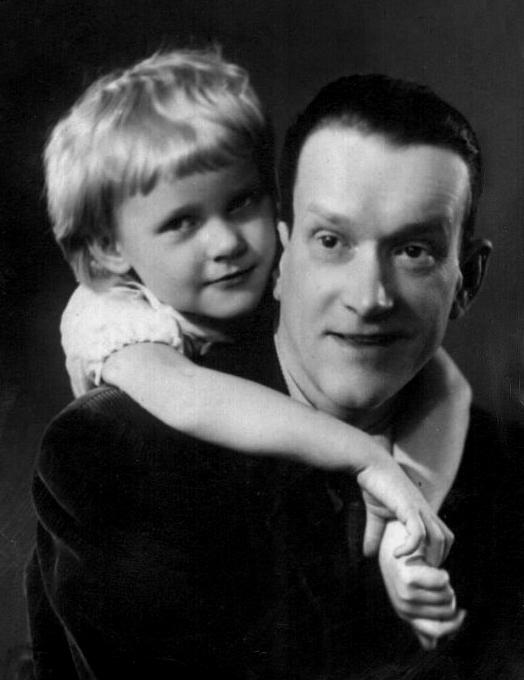 1080 Петр Репнин с дочерью Олей.jpg