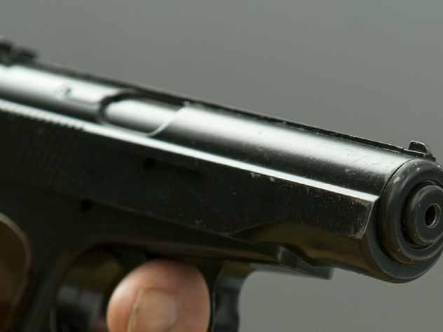 В Уфе водитель дорогого джипа расстрелял двух прохожих
