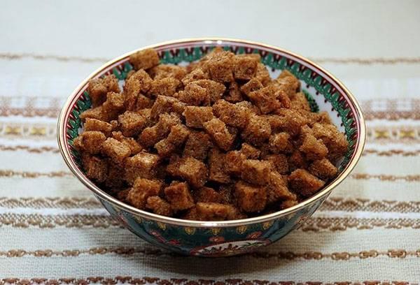 Домашние сухарики из ржаного хлеба