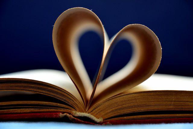 10 книг и невероятных фактов о них