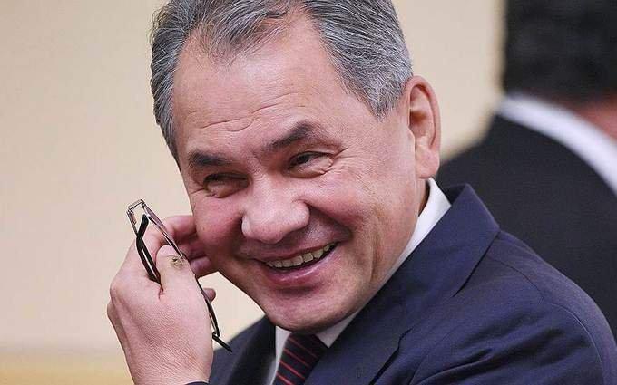 Шойгу с улыбкой ответил на вопрос - боится ли Россия того, что НАТО помогут украинцам пересечь наши границы?