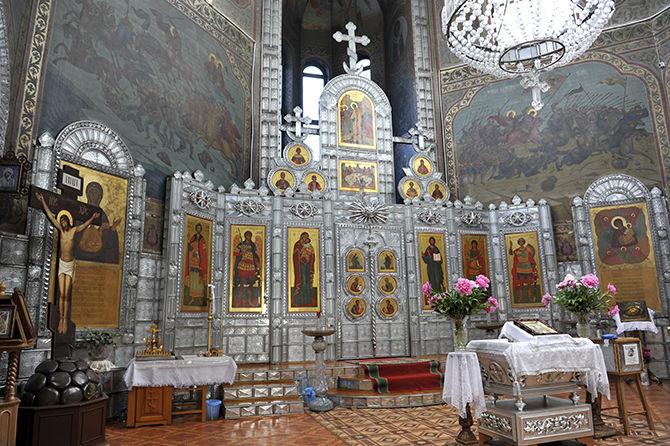 7 самых необычных православных храмов России