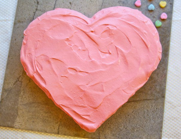 b435b05a9e88 Как легко  сделать торт в виде сердца. Мастер класс