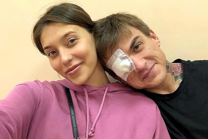 Влад Топалов получил травму глаза, защищая беременную Регину Тодоренко