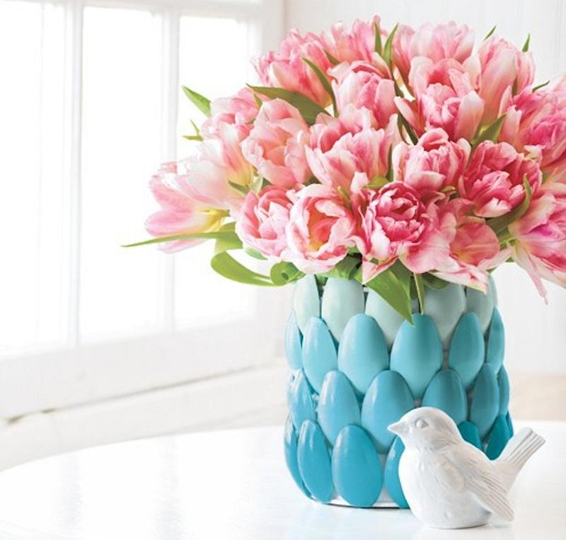 ваза из ложек