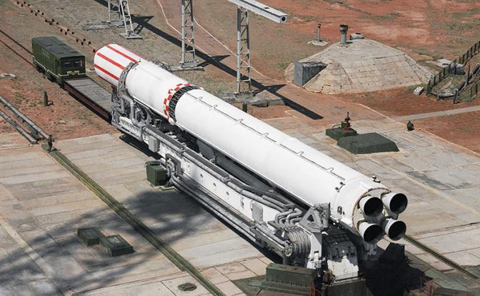 «Лыбидь» Порошенко выдавит Россию из космоса