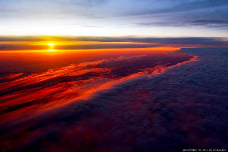 За окном самолёта: подборка фантастических фото, сделанных в небе