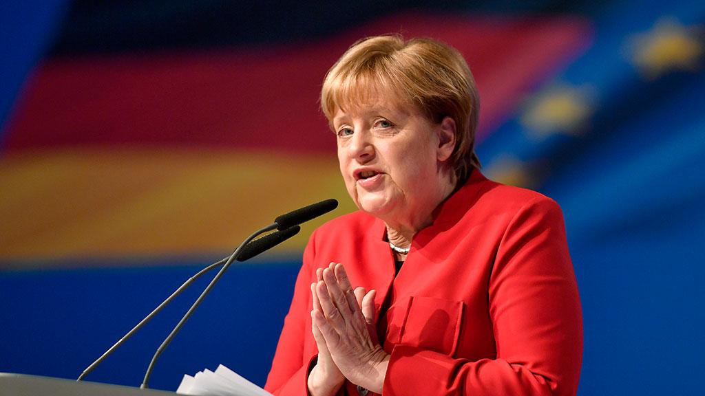 Меркель: Европа больше не мо…