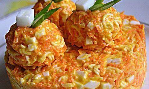 Салат «Морковные гнёздышки» — самый простой и бюджетных салат