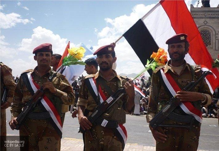 Пылающая бронетехника СА: хуситы отчитались об успехах на западе Йемена