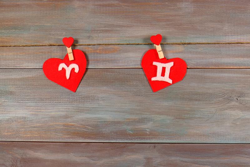 12 зодиакальных пар, которые лучше всего подходят для счастливого брака