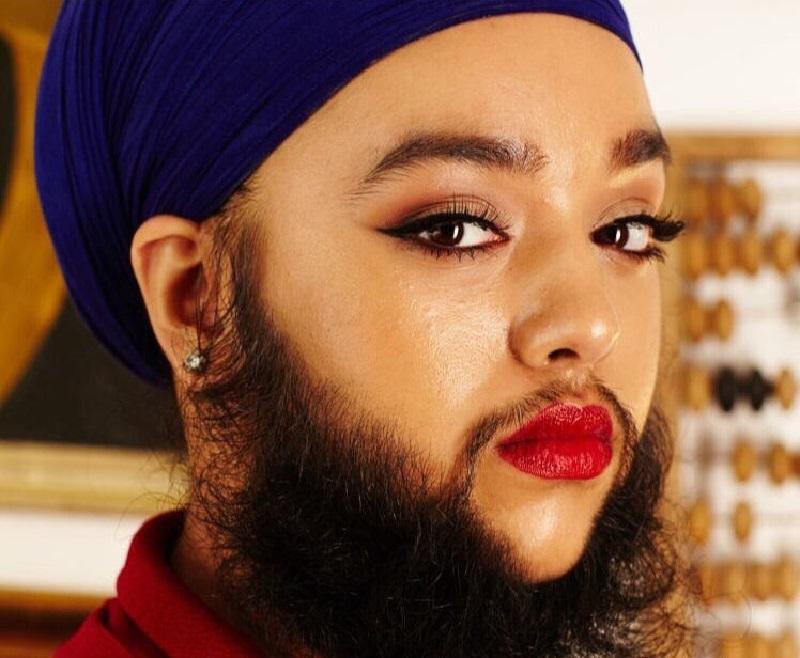 Она перестала брить бороду и ничуть об этом не жалеет