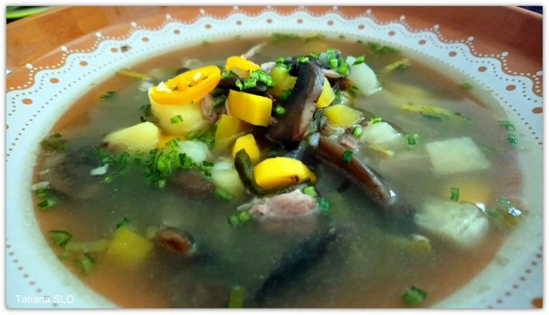 Гречневый суп с уткой и грибами