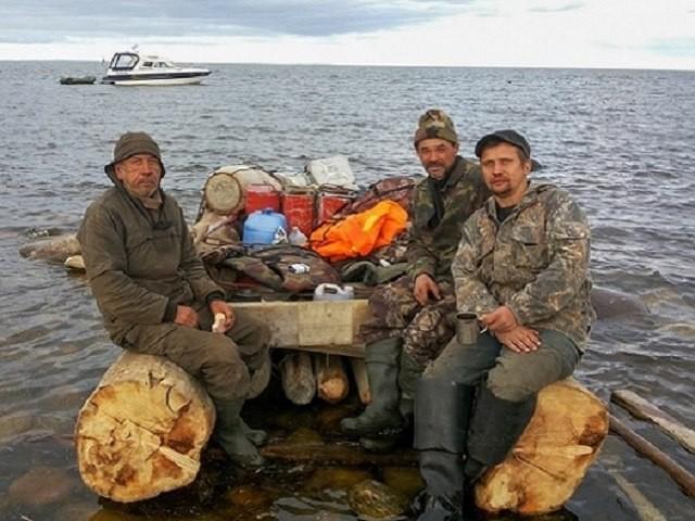 В Белом море спасены трое рыбаков, которые провели 10 дней на необитаемом острове
